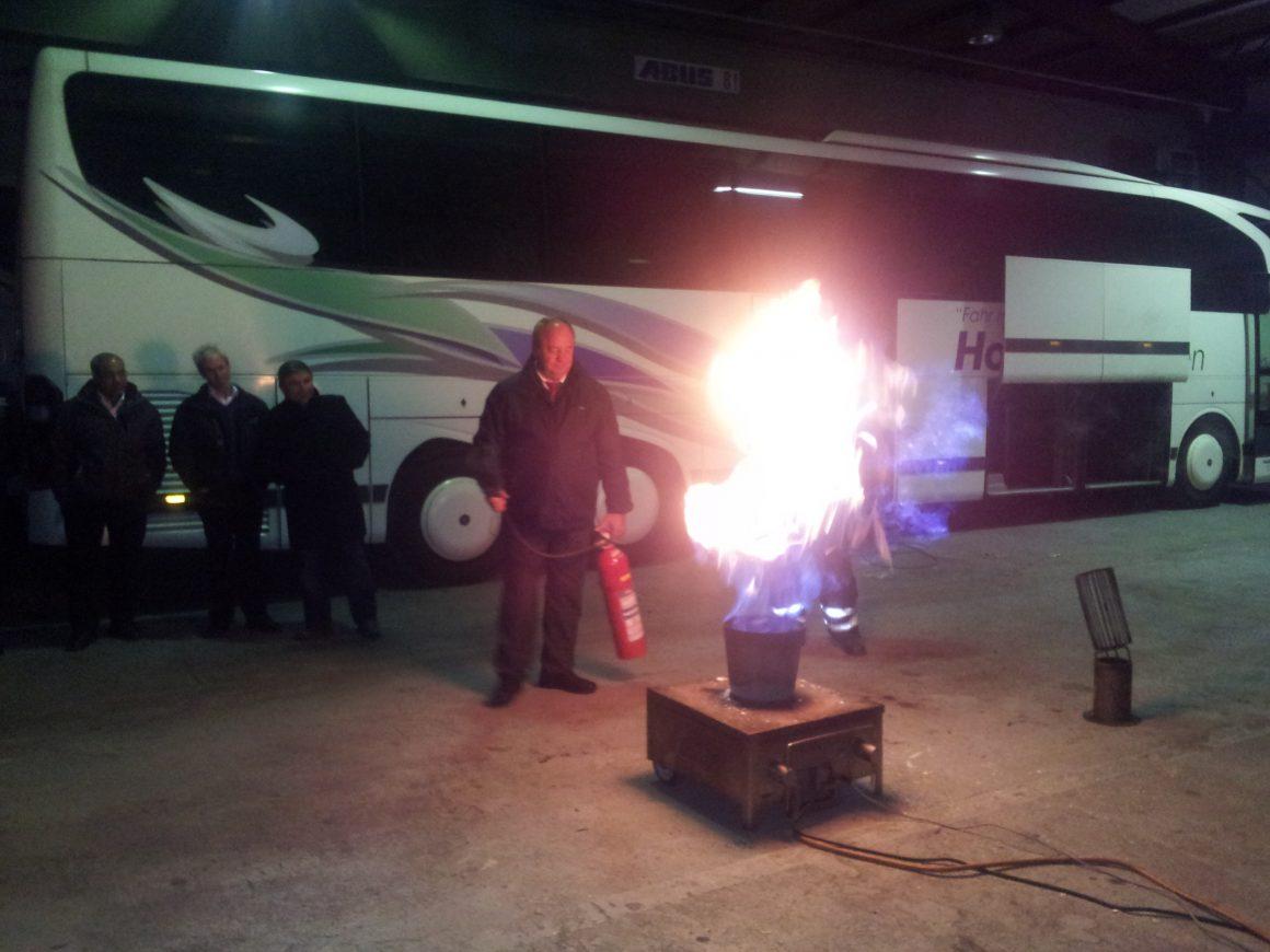 Feuerlöscher-Unterweisung
